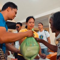 Agap Atenista Distributes Relief Kits to Families in Sorsogon